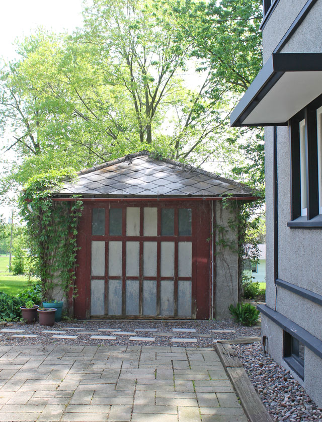 the original carriage house at the Delbert Meier House