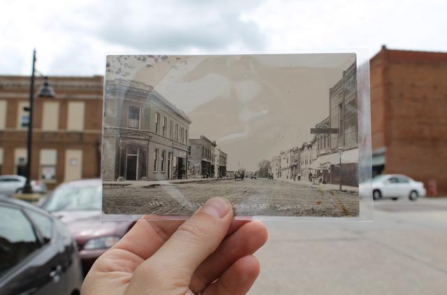 Monona, Iowa - 1914 and 2014