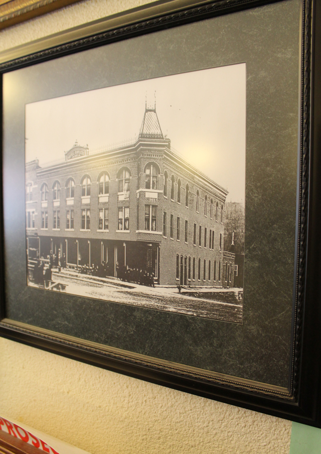 Bayless Hotel, Elkader, Iowa | This American House