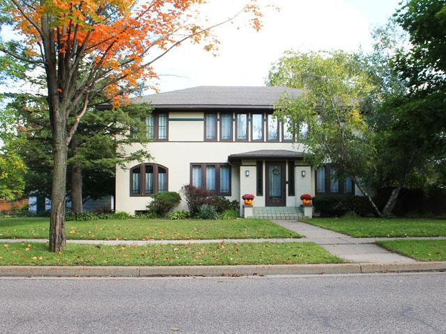 Prairie School: 508 S. Beaumont, Prairie du Chien, WI   This American House