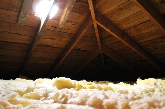 attic05